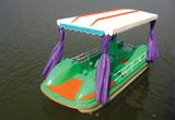 6人脚踏船