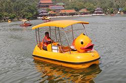 大黄鸭电动船